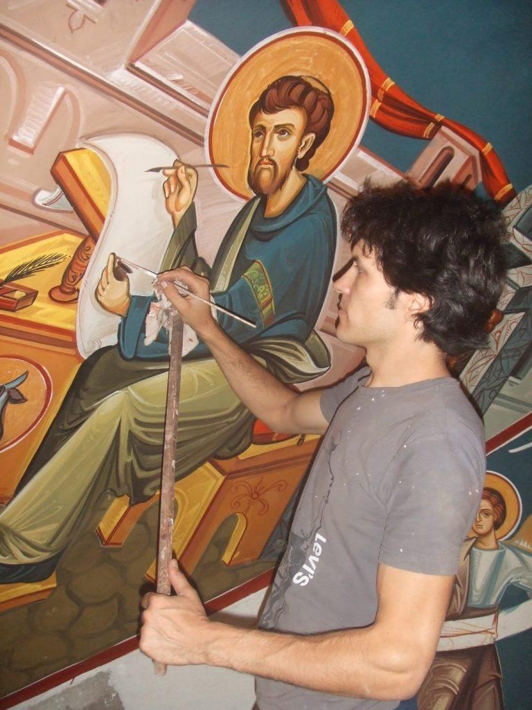 Iulian dipinge San Luca